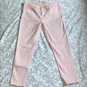 Levi's Light Pink Ankle Jean